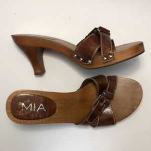 MIA Vintage Wood with Leather Buckle Sandal